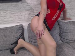 NEUES STRIP TEASE VIDEO!! ROTES NETZ OUTFIT
