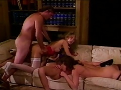 Vintage three girl blowjob