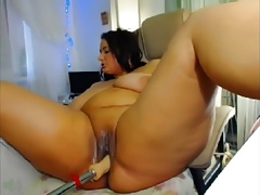 bbw cums with hitachi and fuck machine