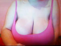 Hot babe big natural breasts