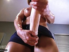 Muscle Girl with Massive Dick Futanari Fantasy